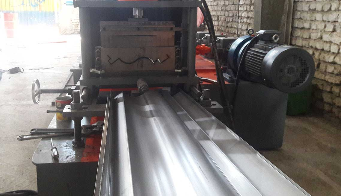 flashing roll forming machine