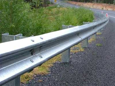 guardrail-forming-machine