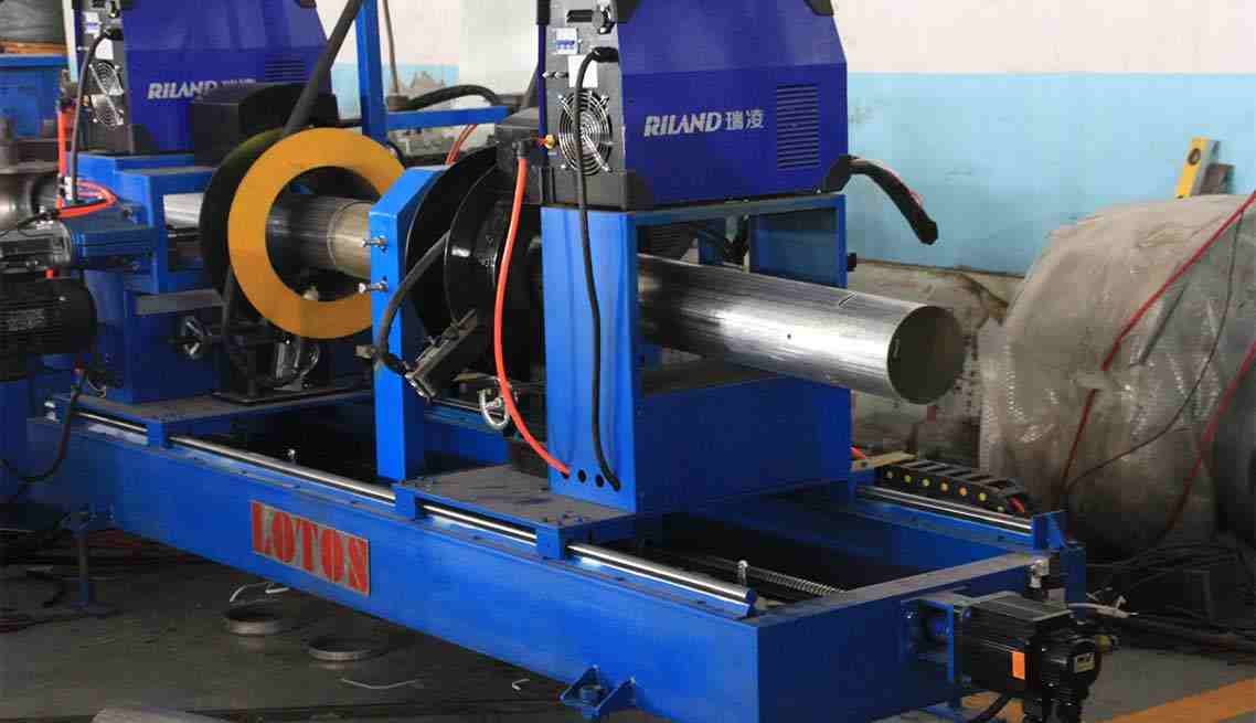 Pipe-Roll-Forming-Machine