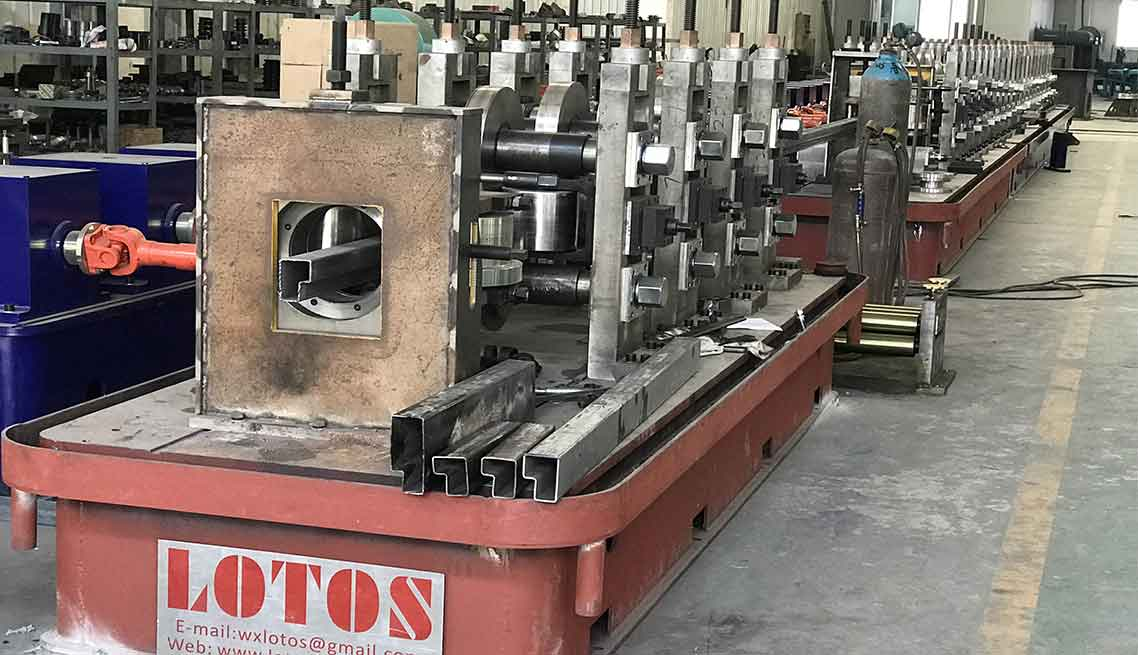 SHELF-BEAM--ROLL-FORMING-MACHINE