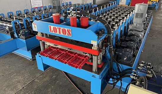 roof-tile-roll-forming-machine