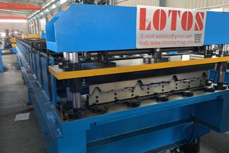 wall-panel-roll-forming-machine
