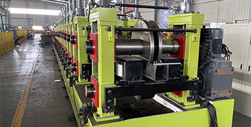 High thickness roll forming machine
