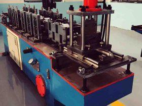 roll forming machine for door shutter