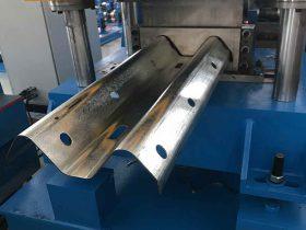 guardrail forming machine